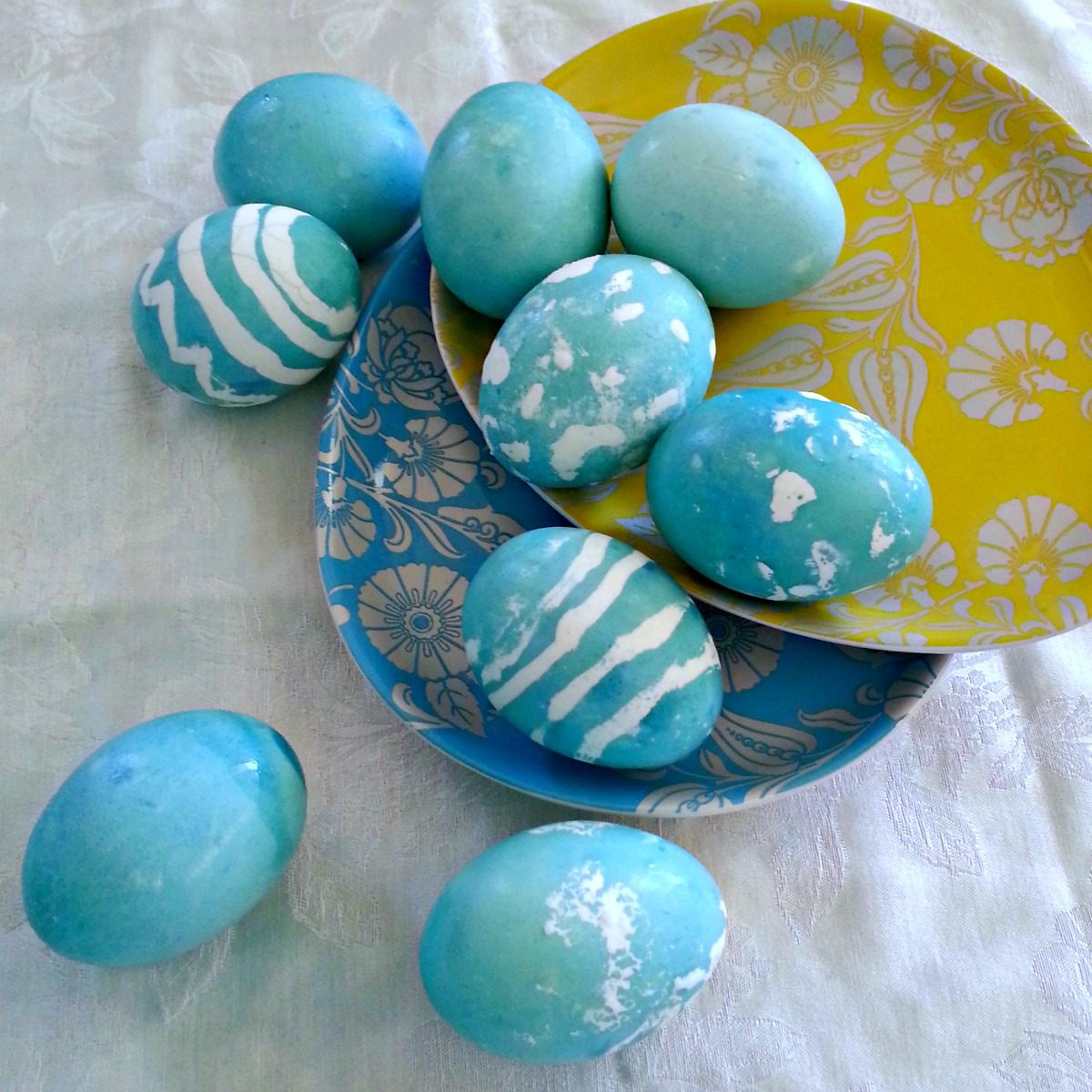 Simply Sophisticated Cooking | Natural Blue Dyed Easter Eggs